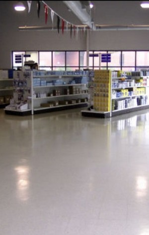 Sandy Ridge Retail Store Cleaning of floor